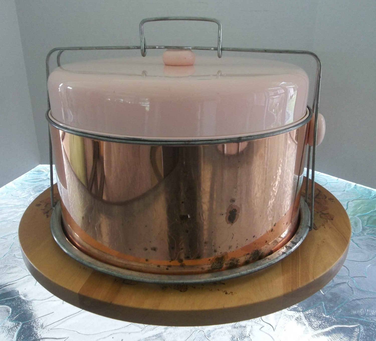 Small Counter Display Cake Ideas And Designs