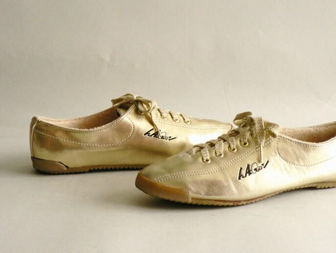 Women's Metallic Gold Tennis Shoes, LA Gear Sneakers Size 6
