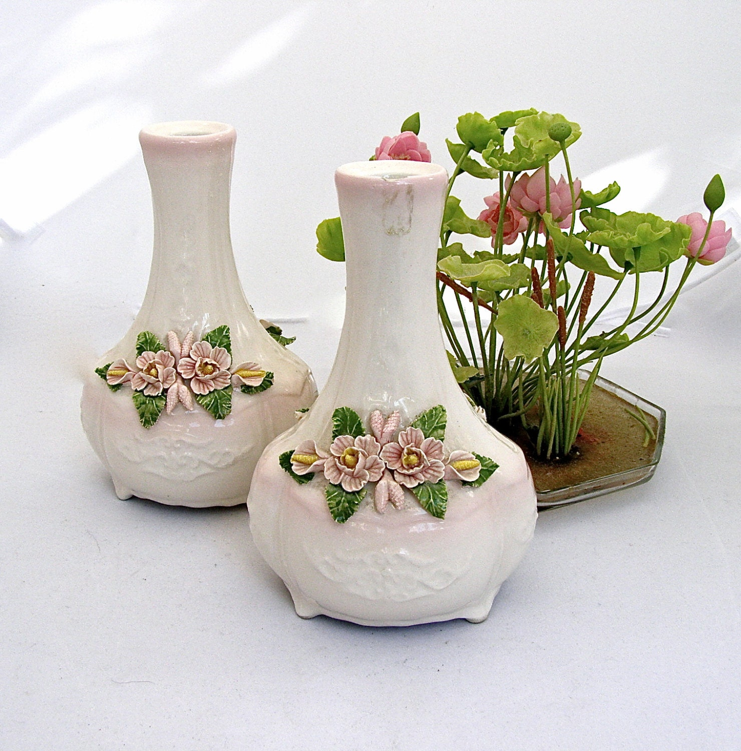 ceramic bud vases pink hand painted flower by. Black Bedroom Furniture Sets. Home Design Ideas