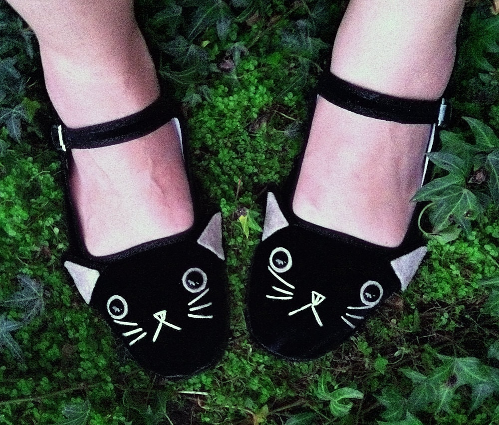 Cat Shoes - Embroidered Kitty Flats Mary Janes- Ladies Size 11