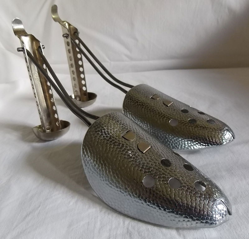 Metal Shoe & Boot Stretchers / Shoe Trees