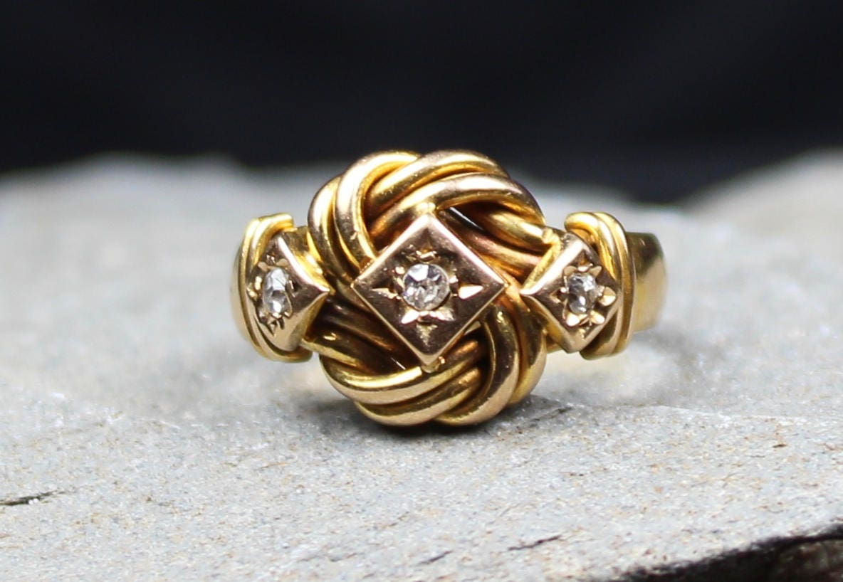 Antique 1912 18CT Gold Diamond Knot Ring