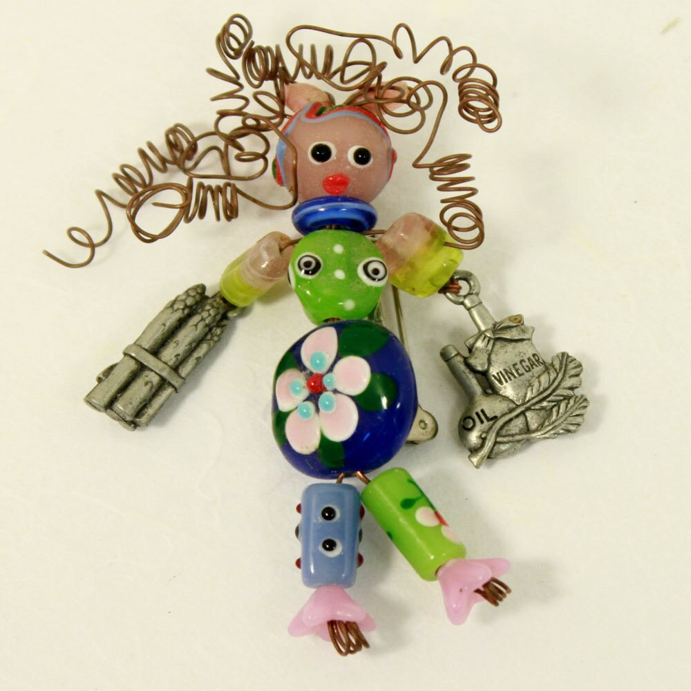 beadbabe pin - VEGGIE SALAD - whimsicals