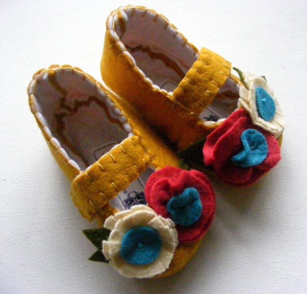 Felt Baby Shoe Perfectly Mustard Signature Style - ShesSoCraftyGoods1