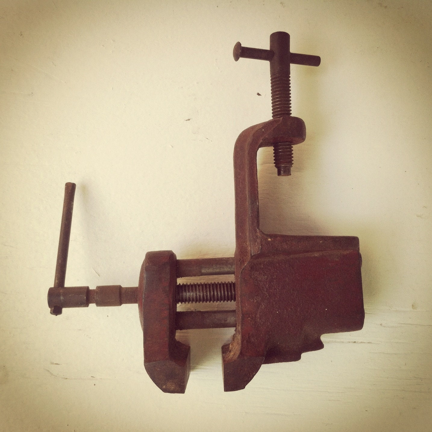 Vintage Workshop Vise - OldMansDen