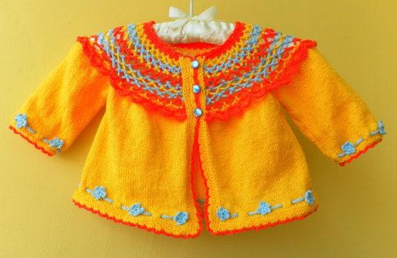 """فروش تابستان -- در حال حاضر تنها 48 دلار -- دست زیبا ، کودک جلیقه """"خورشید گرم"""" در یک رنگ زرد مدرن کشباف"""