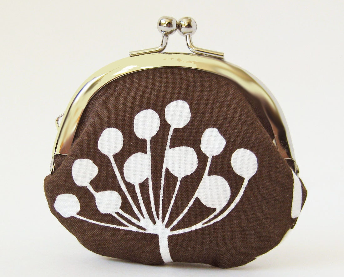 coin purse - white flower on brown - oktak