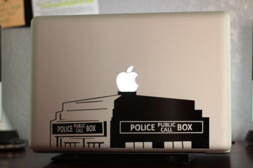 "Tardis Doctor Who Police Box 17"" Macbook Apple Laptop Decal"
