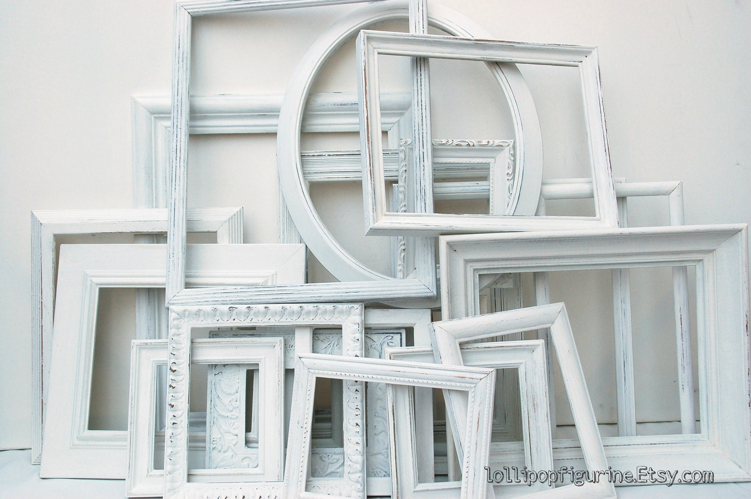 White frame collection set of 20 white shabby chic frames great for wedding or home decor - Lollipopfigurine