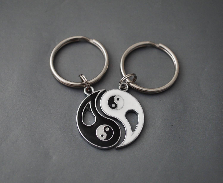Yin Yang keychain Personalized Jewlery His And Hers Best Friends Set Friendship keychain Friend Gift Set of 2 Tai Chi Bff