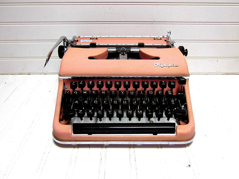 Vintage Typewriter Pink Olympia SM 3 Deluxe Manual Typewriter - GoodBonesVintageCo