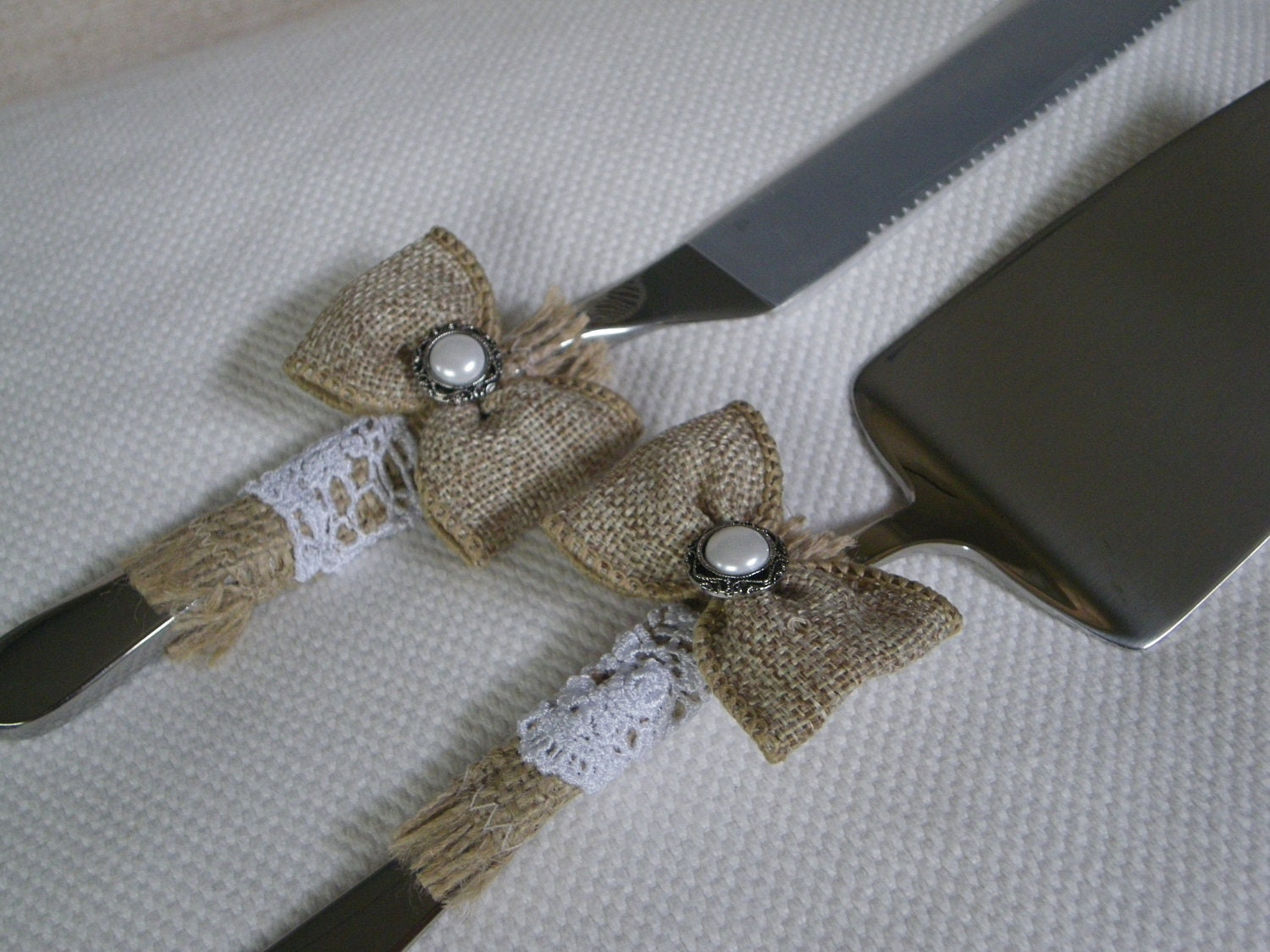 rustic wedding cake and knife server set by designsbycris on etsy