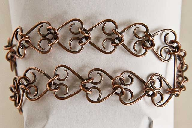 "Copper Bracelet Hearts Double Heart Chain 14 Hearts Antiqued Copper 7 5/8"" Bracelet - Spoon37"