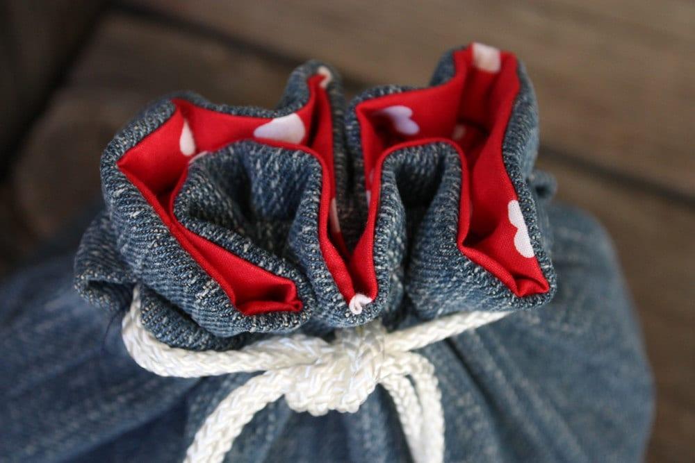 bucket bag denim red white hearts Valentines Day ladies girls makeup tote