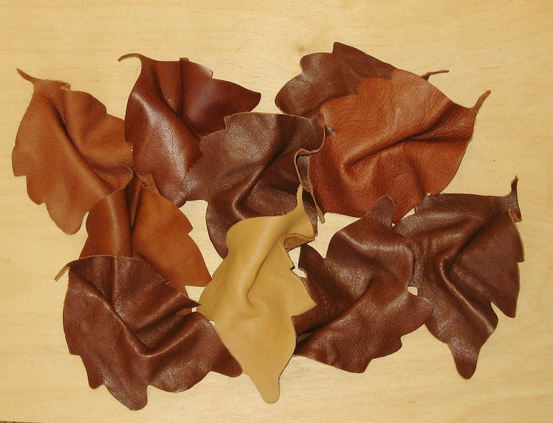 Leaves Leather Table Decor