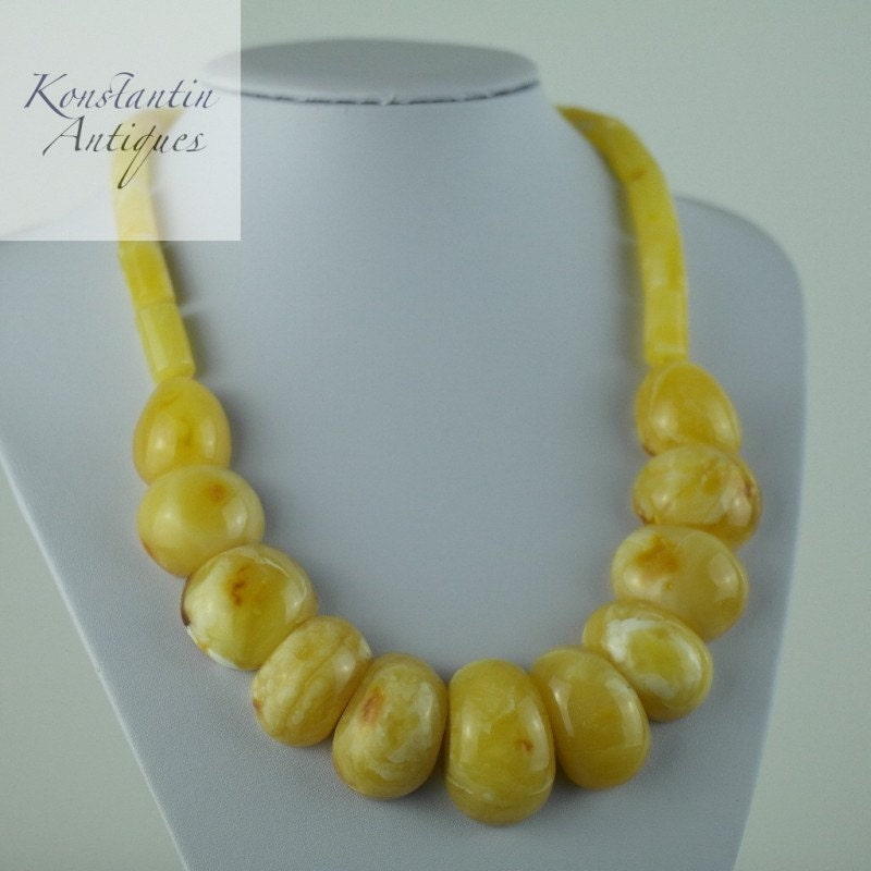 89.9 g Stunning Genuine Baltic sea natural amber half beads necklace White Cloudy egg yolk