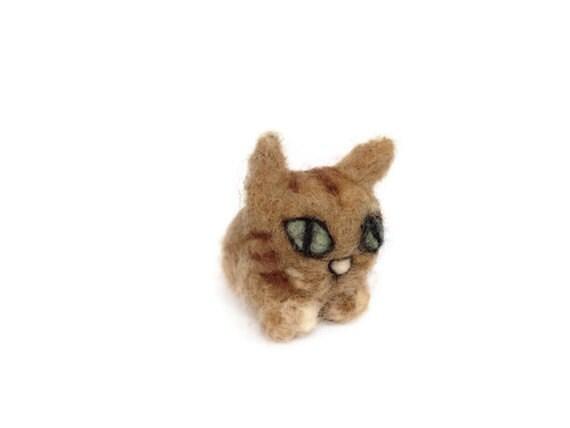 Amigurumi Tabby Cat : Needle Felted Cat Cute Felt Tabby Kitten Amigurumi by ...