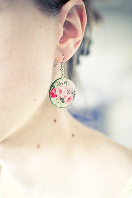 Flowers earrings, garden jewelry, floral, green and pink, spring earrings - Lepun