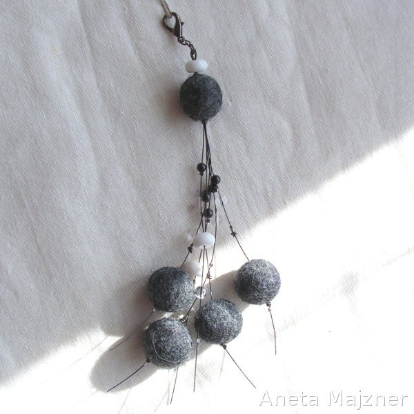 Hand made keychain felt stone agate garnet rock crystal felted balls also for bags - AnetaMajzner