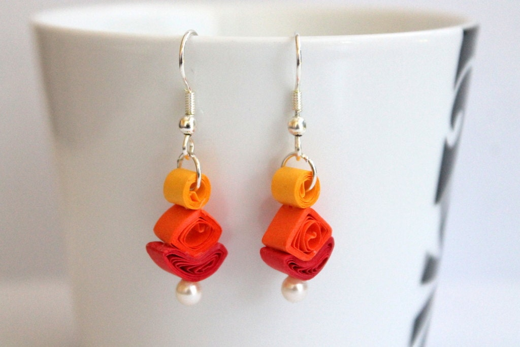 geometrical paper quilled earrings by artcircuit on etsy