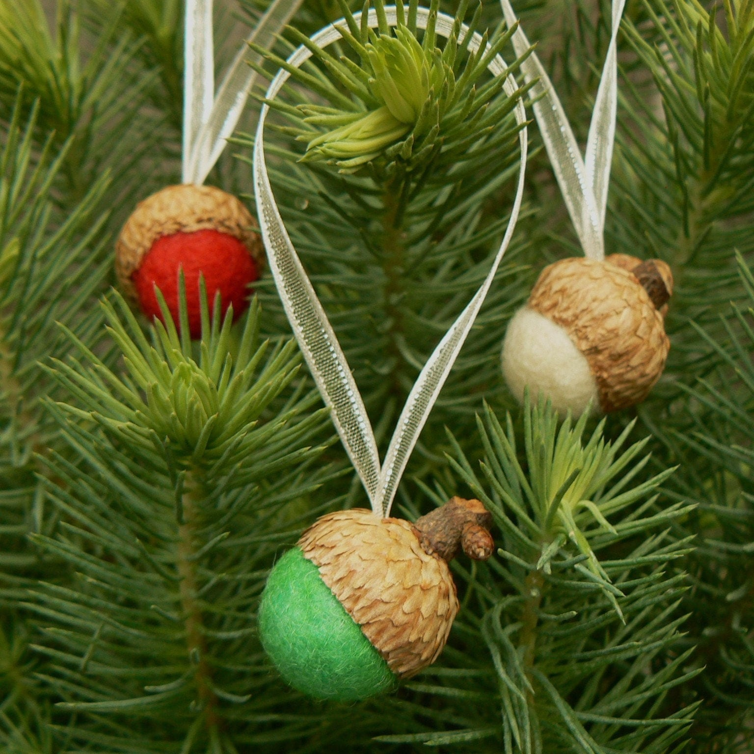felted acorns christmas tree ornaments set of 9 by fairyfolk