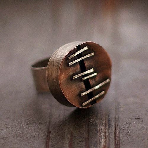 Sterling silver adjustable ring with copper . Raw can . - ewalompe