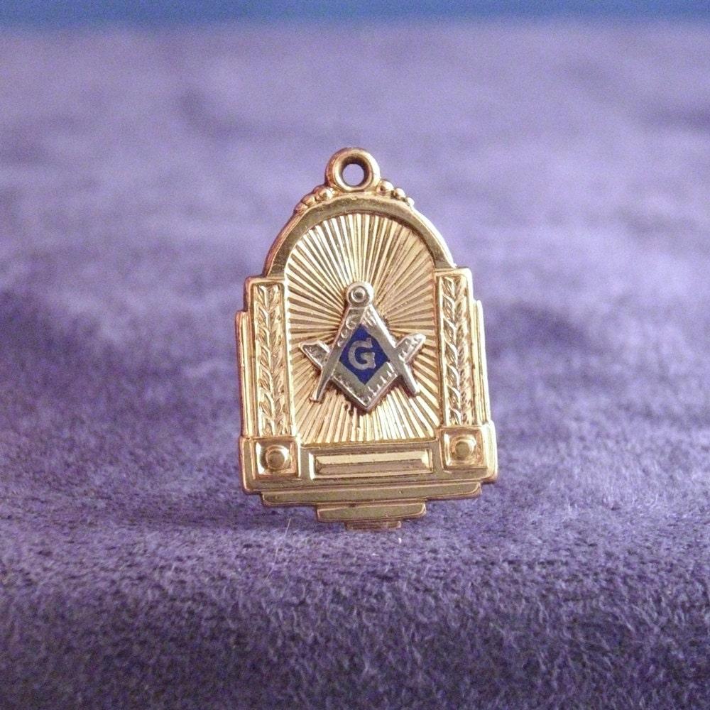 Vintage Masonic Pendant Charm Fob Gold By Vintagemasonry