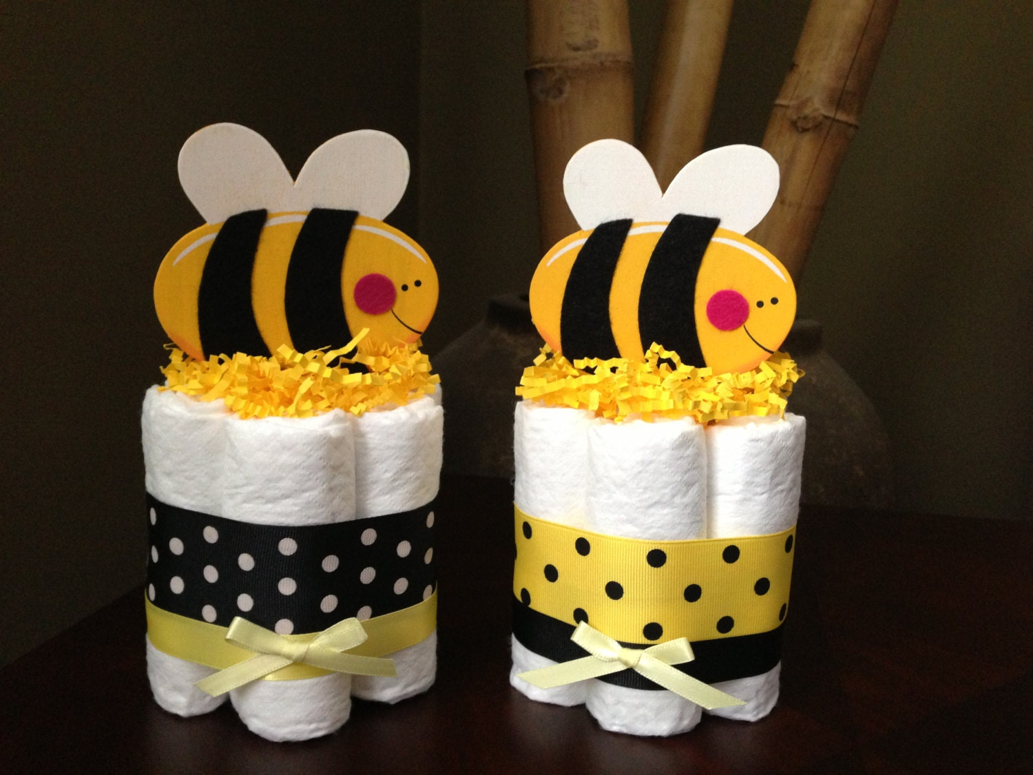 bumble bee mini diaper cake for a baby by mrsheckeldiapercakes. Black Bedroom Furniture Sets. Home Design Ideas