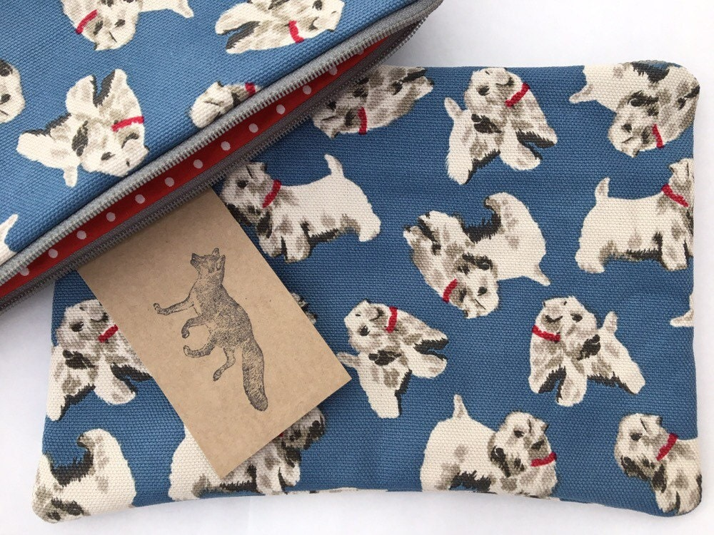 Extra Large make up bag in Cath Kidston Billie dog fabric handmade and fully lined.