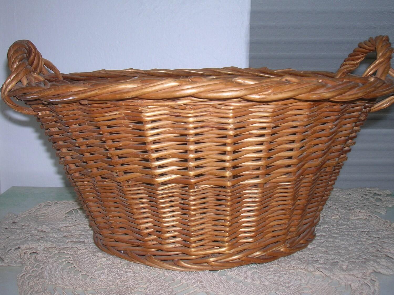 small vintage wicker laundry basket by raesvintage on etsy. Black Bedroom Furniture Sets. Home Design Ideas