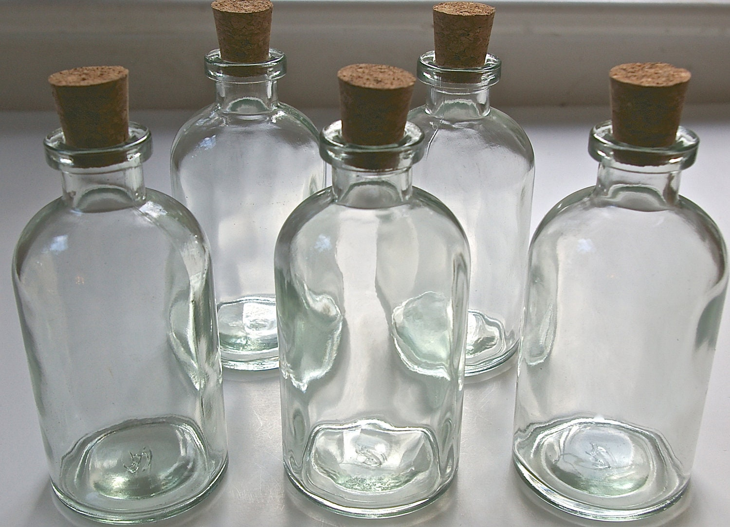 10 glass apothecary bottles with corks 8 ounce 237ml bath for Colored glass bottles with corks