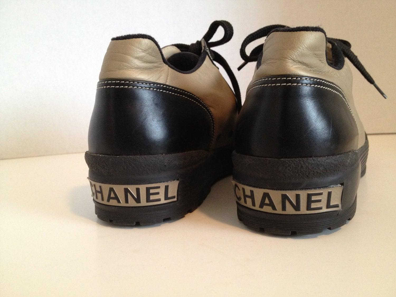 Rad Amazing CHANEL 90s VINTAGE PLATFORM Sneakers