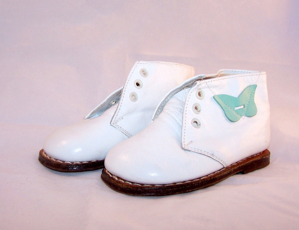 items similar to tiny feet vintage leather baby shoes. Black Bedroom Furniture Sets. Home Design Ideas