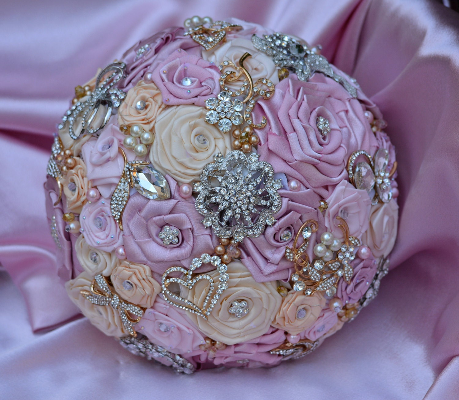 Angel Bouquet.-Full Price/Made to Order in your colors. Handmade roses and brooch Bouquet.