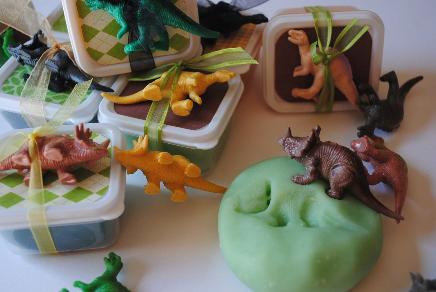 Playdough and Dino favors!  Dinosaur Party Ideas  Pinterest