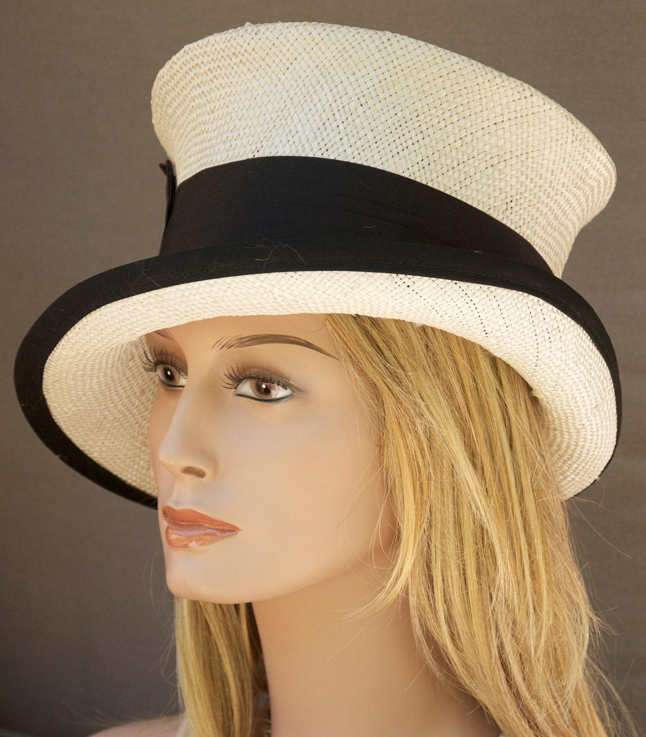 Womens Black And White Straw Hat. Cloche. Wedding By