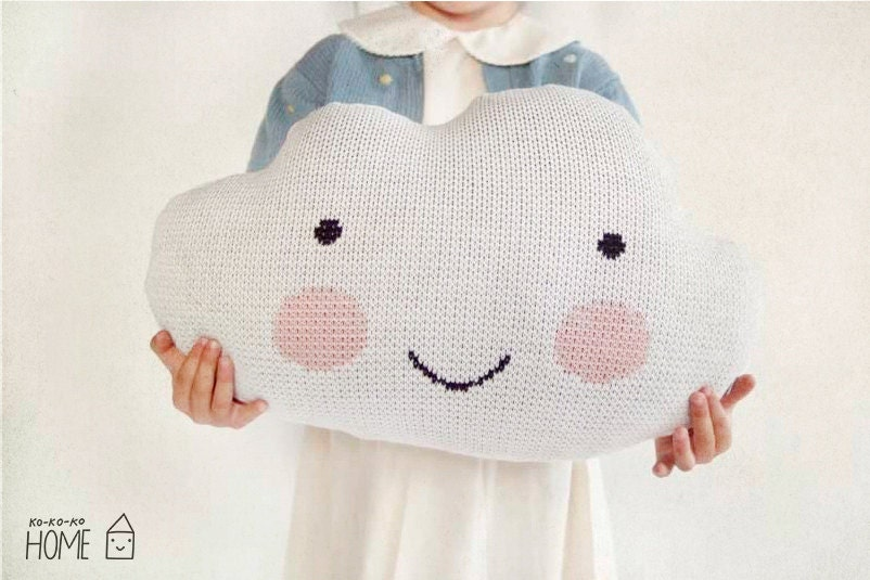 Knit Cloud Pillow :) WHITE