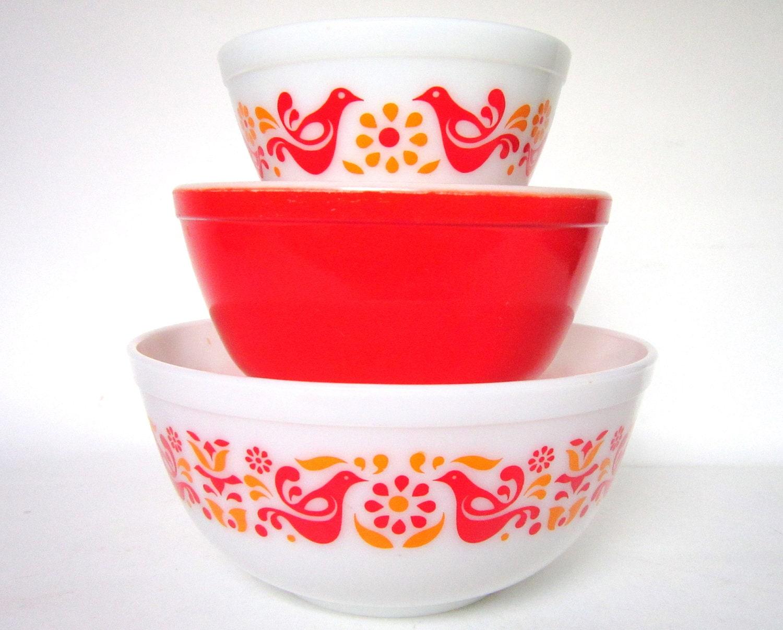 3 Pc Vintage Pyrex Friendship Mixing Bowl Set By