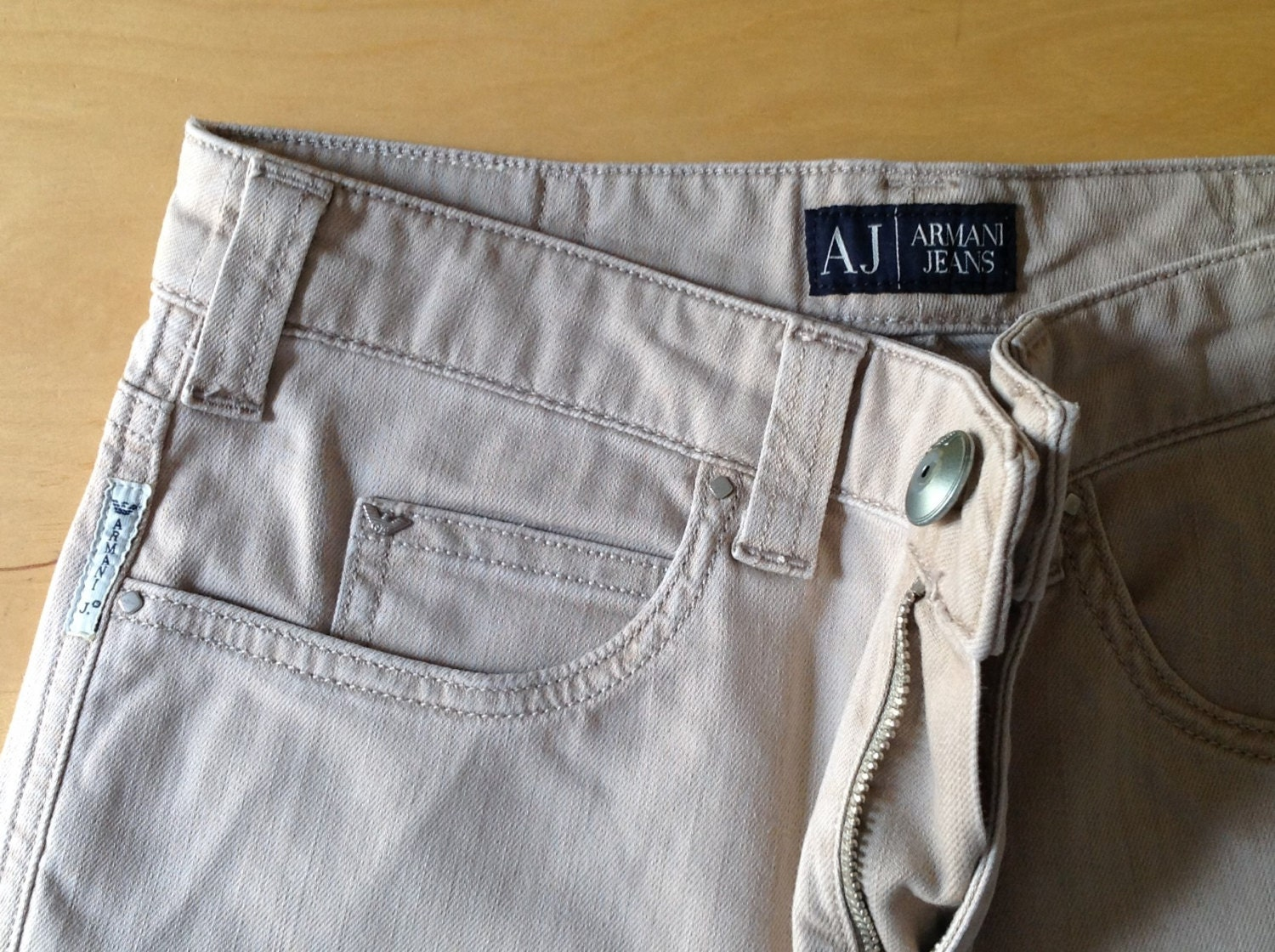 Vintage Armani Jeans womens jeans in off white with gold detail size 10  28 waist