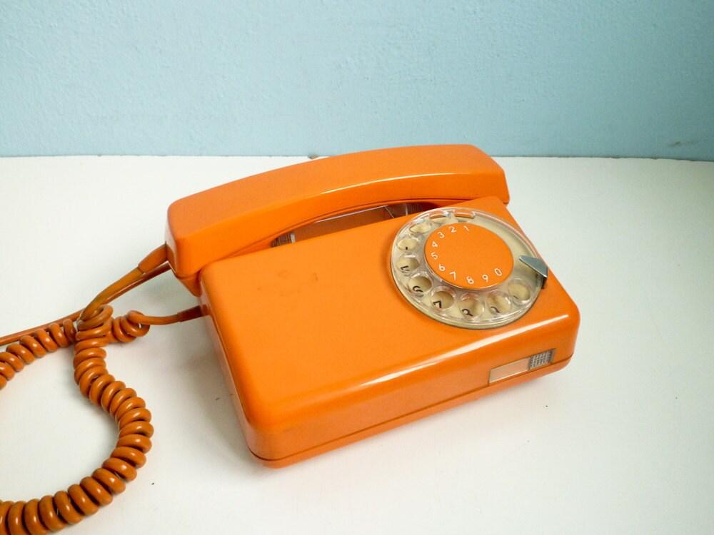 vintage dial rotary phone orange telephone black by eurovintage. Black Bedroom Furniture Sets. Home Design Ideas