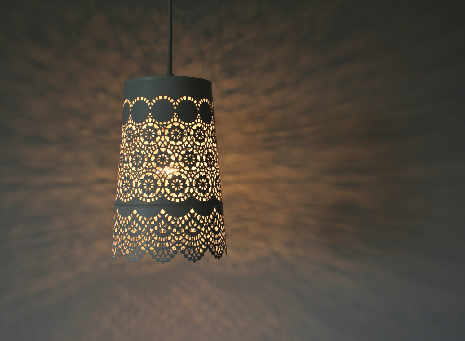 Queen Anne's Lace - UpCycled Hanging Pendant Lamp - White Mesh Lace Metal Garden Planter Lighting Fixture - BootsNGus Lamp Design - BootsNGus