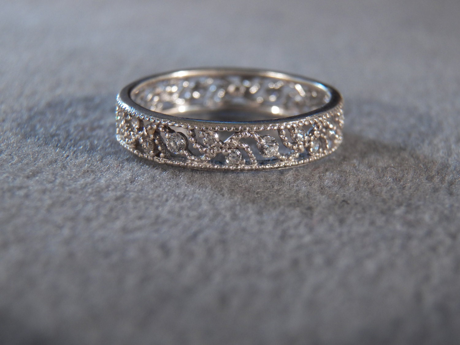 Vintage Sterling Silver Filigree Style Cutaway Band Set with Round White Topaz Stones, size 10                      M