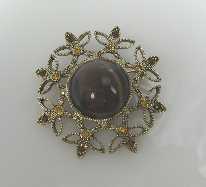 Vintage Brown Moonglow & Rhinestone Brooch - TheFashionDen