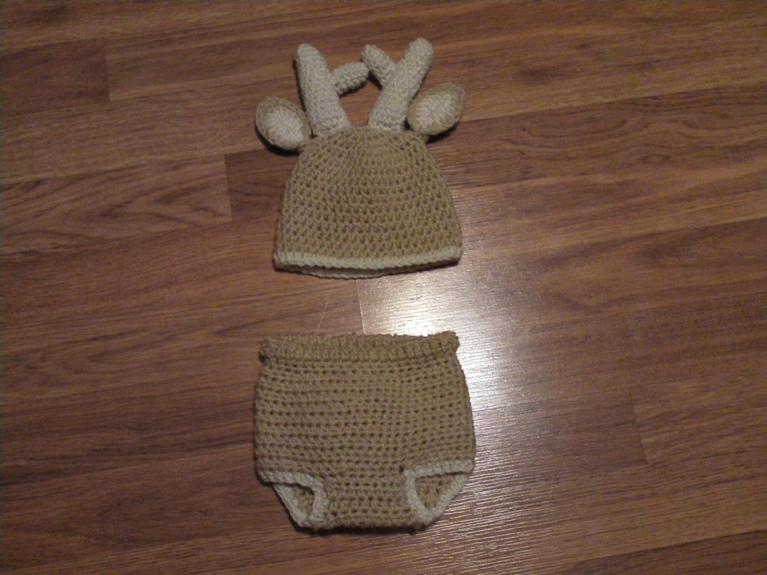 Free Crochet Deer Diaper Cover Pattern : Crochet Deer Hat/Diaper Cover Set by HookAwayCrochet on Etsy