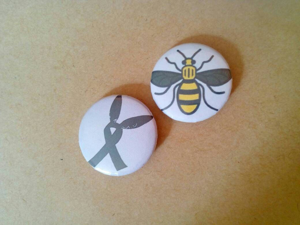 25mm1 inch button badges  ribbon bunny ears Manchester worker bee pin badge collectable quirky badge charity badge
