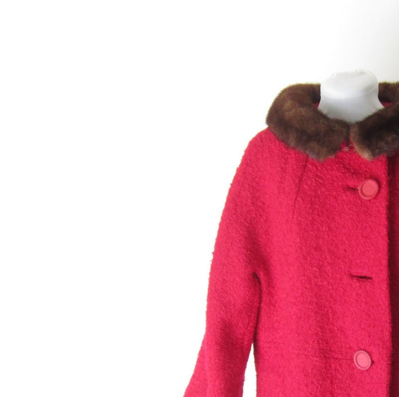 Vintage Wool Coat Jacket Red Boucle Car Coat Jackie O Fur Pockets Fall Winter Fashions Gift for Her Holidays