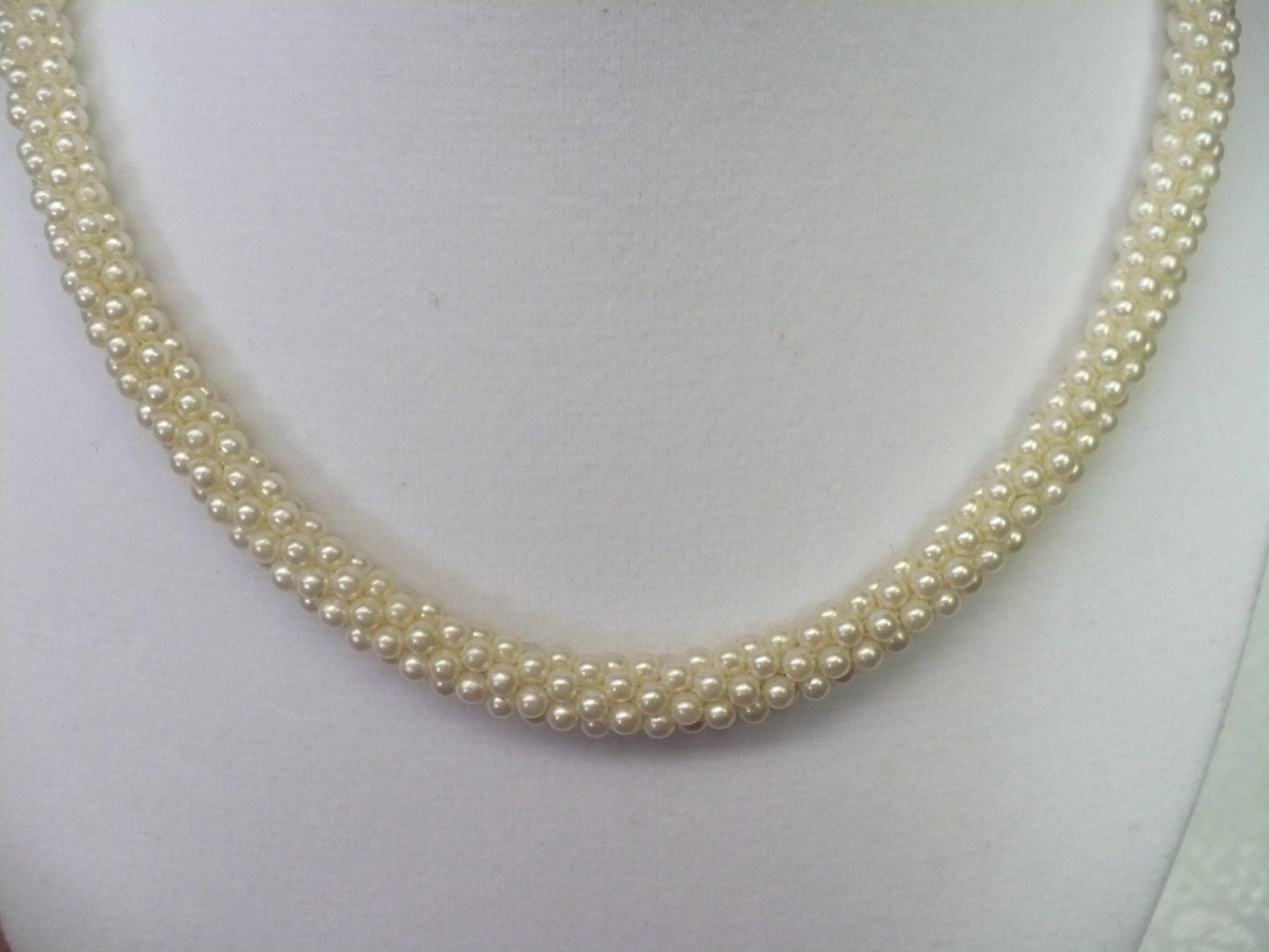 vintage tight faux pearl necklace gorgeous by mbvintageoutlet
