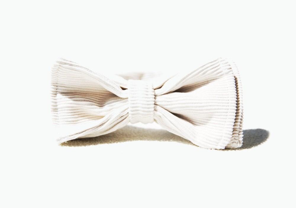 Chic White Corduroy Bow Tie - morion