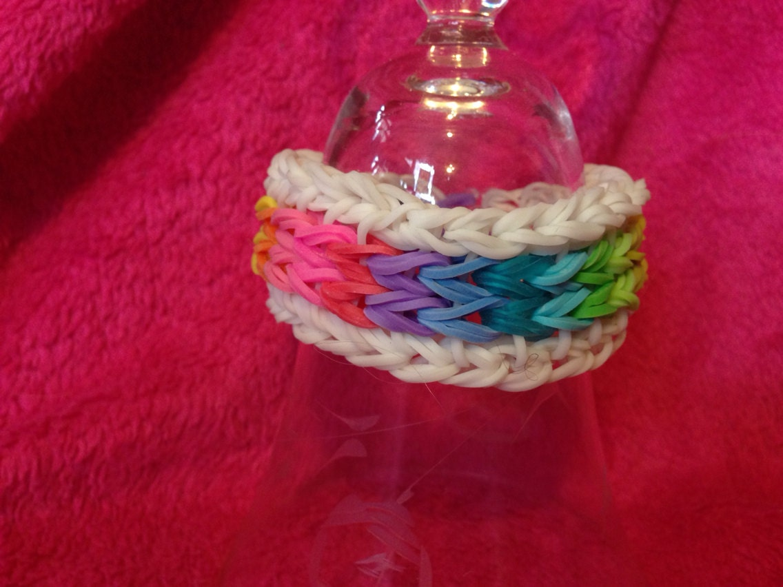 Rainbow Loom Sailors Pinstripe bracelet by LoomLovers on Etsy
