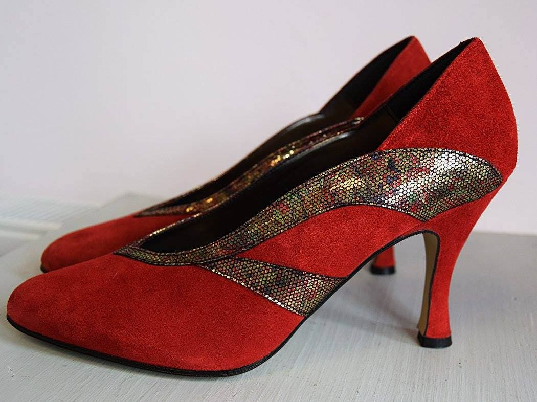 1980s Art Deco Styled Red Suede Shoes Deadstock